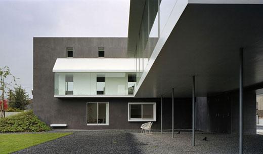 Necklace House by Hiroshi Nakamura KARMATRENDZ