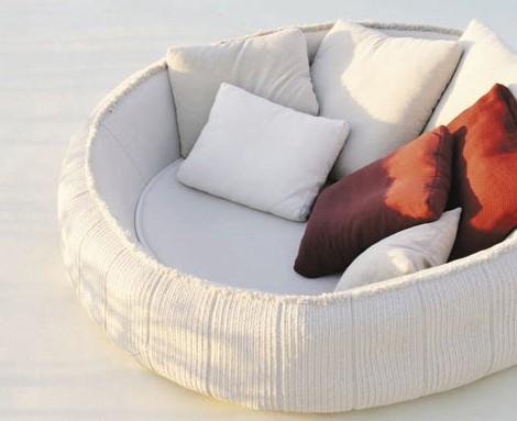 paola lenti soft furnishings float 04 karmatrendz. Black Bedroom Furniture Sets. Home Design Ideas