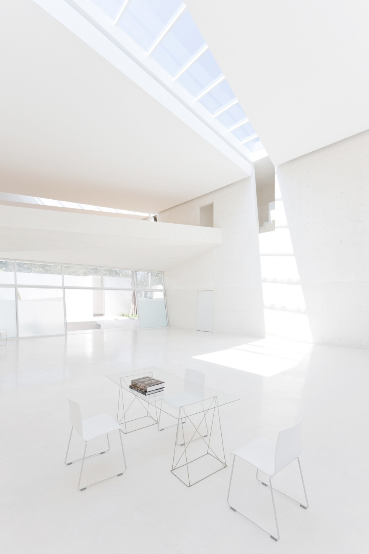 Esplanada studio by tatiana bilbao at103 karmatrendz for Minimal space