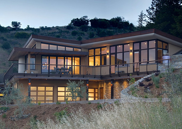 Contemporary home in mill valley california earth for Contemporary hillside house plans