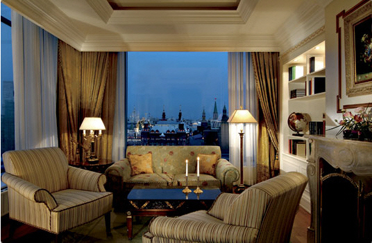 Hotel_Ritz-Carlton_Suite_Moscow_01