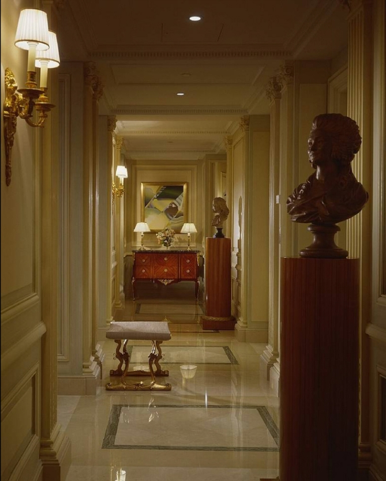 Hotel_Royal_Suite_Four_Seasons_George_V_Paris_05