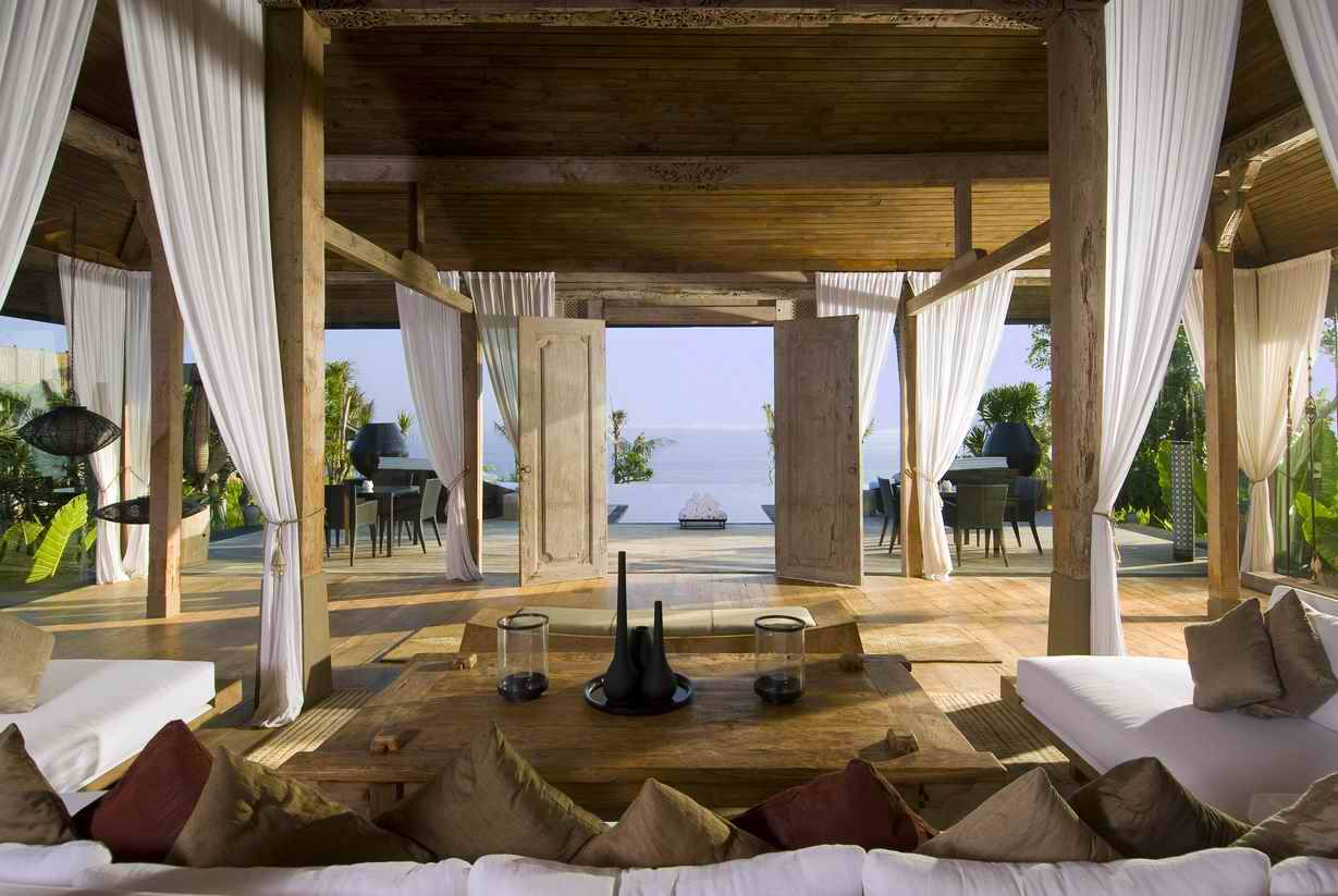 Luxury Villas in Uluwatu Bali