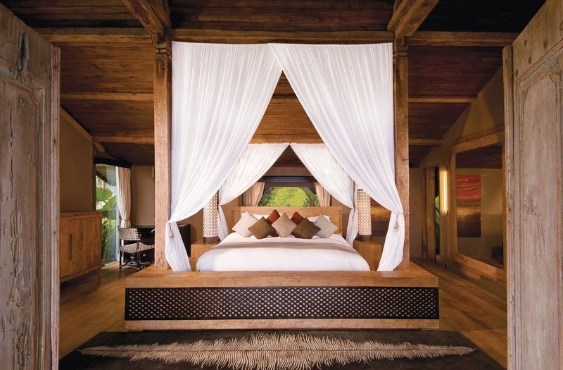 Luxury Villas Bedrooms Design Photos