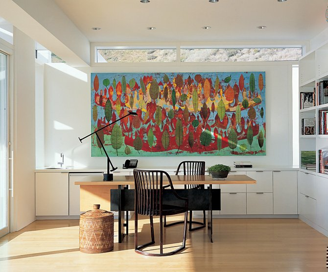 Modern Beach House With White Exterior Paint By Richard Meier | KARMATRENDZ