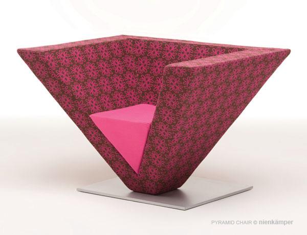 Pyramid_Chair_01