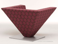 Pyramid_Chair_02