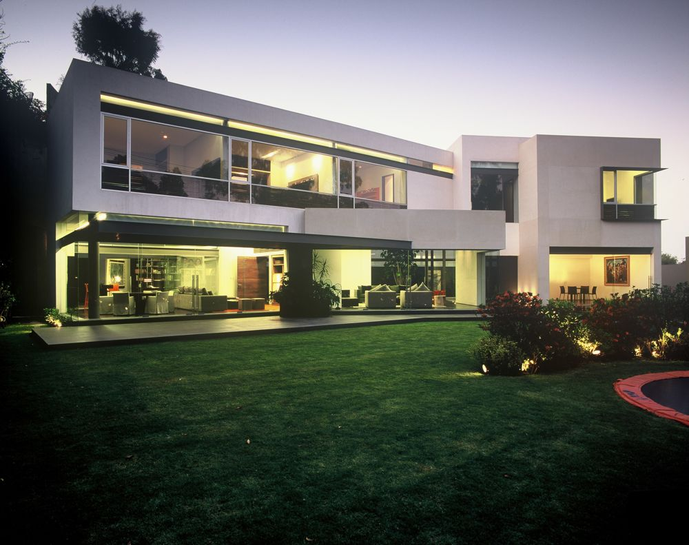 Ba house by gomez crespo arquitectos karmatrendz for New home designs for 2009