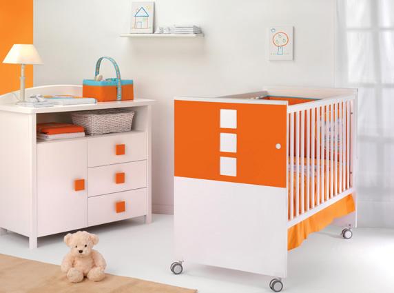 Baby nursery furniture by cambrass karmatrendz - Sofas para ninas ...