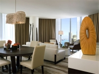 EPIC_Miami_Hotel_&_Residences_10