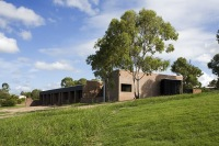 Hervey_Bay_Farmhouse_01