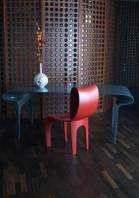 Contour_Table_And_Chair_04