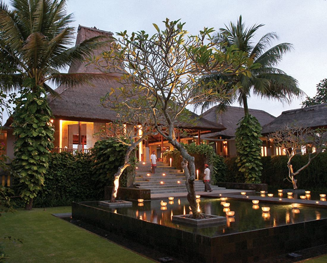Maya ubud resort spa jewel in the middle of nature for Design hotel ubud
