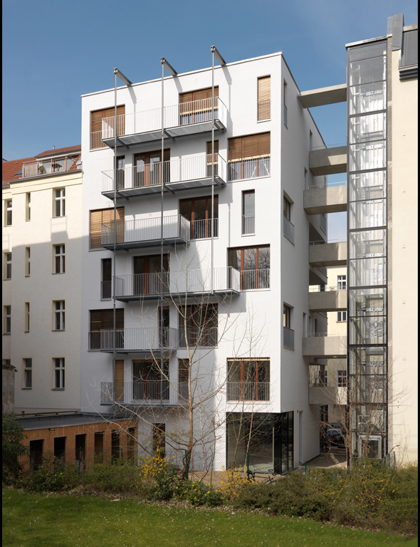 E 3 housing in berlin by kaden klingbeil architekten - Architekten in berlin ...