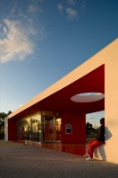 Santander-Totta_University_Bank_Agency_11