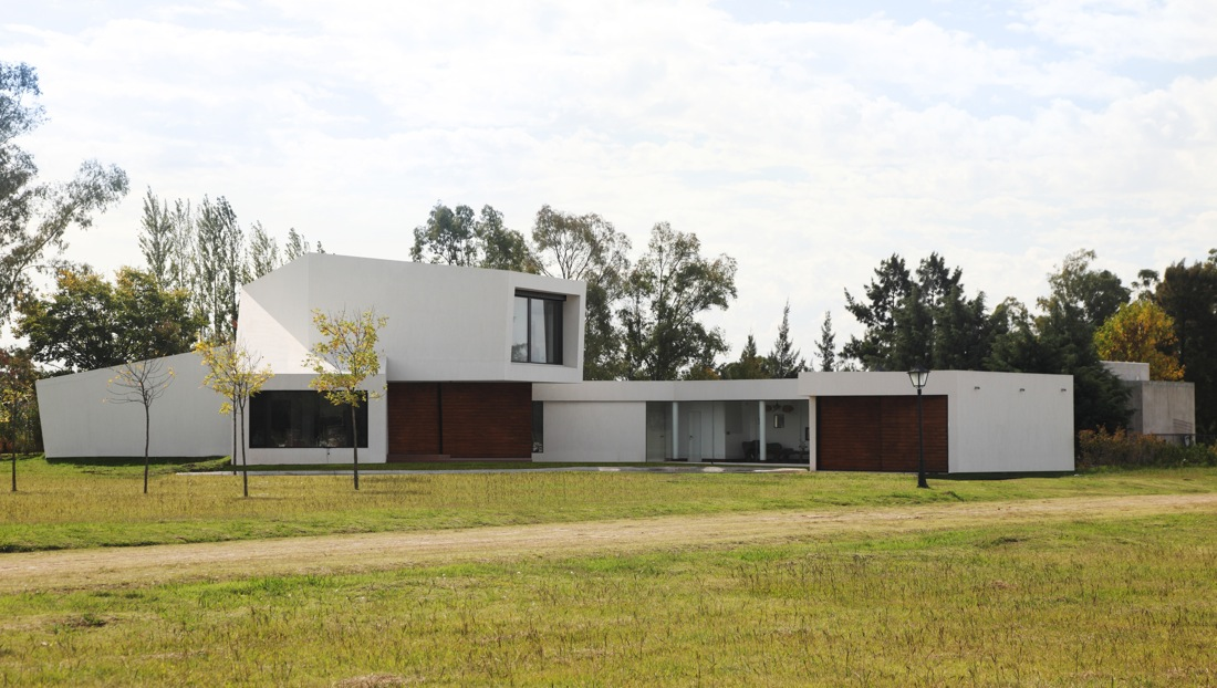 Orchid House By Andres Remy Arquitectos Karmatrendz - Orchid-house-by-andres-remy-arquitectos