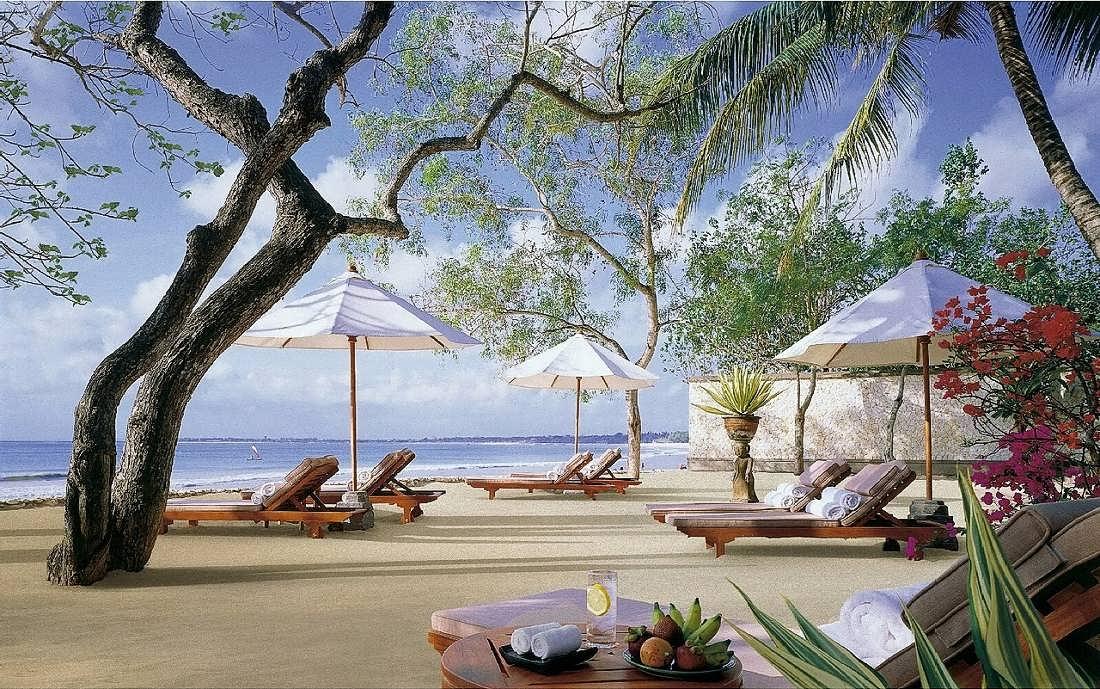 Four seasons resort bali at jimbaran bay karmatrendz for Best beach hotels in bali