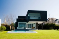 The_Black_House_01