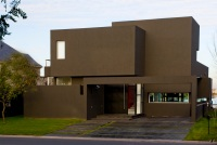 The_Black_House_02