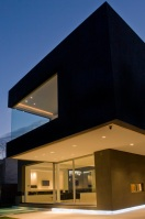 The_Black_House_06