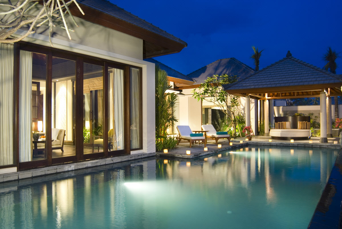 Banyan tree ungasan bali unforgettable atmosphere for Outside view of house