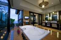 BanyanTree_Ungasan_Bali_011_Pool_Villa_Bathroom