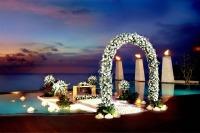 BanyanTree_Ungasan_Bali_016_Wedding_at_Main_Pool