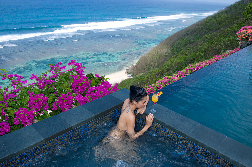 Banyan Tree Ungasan Bali Unforgettable Atmosphere Resort