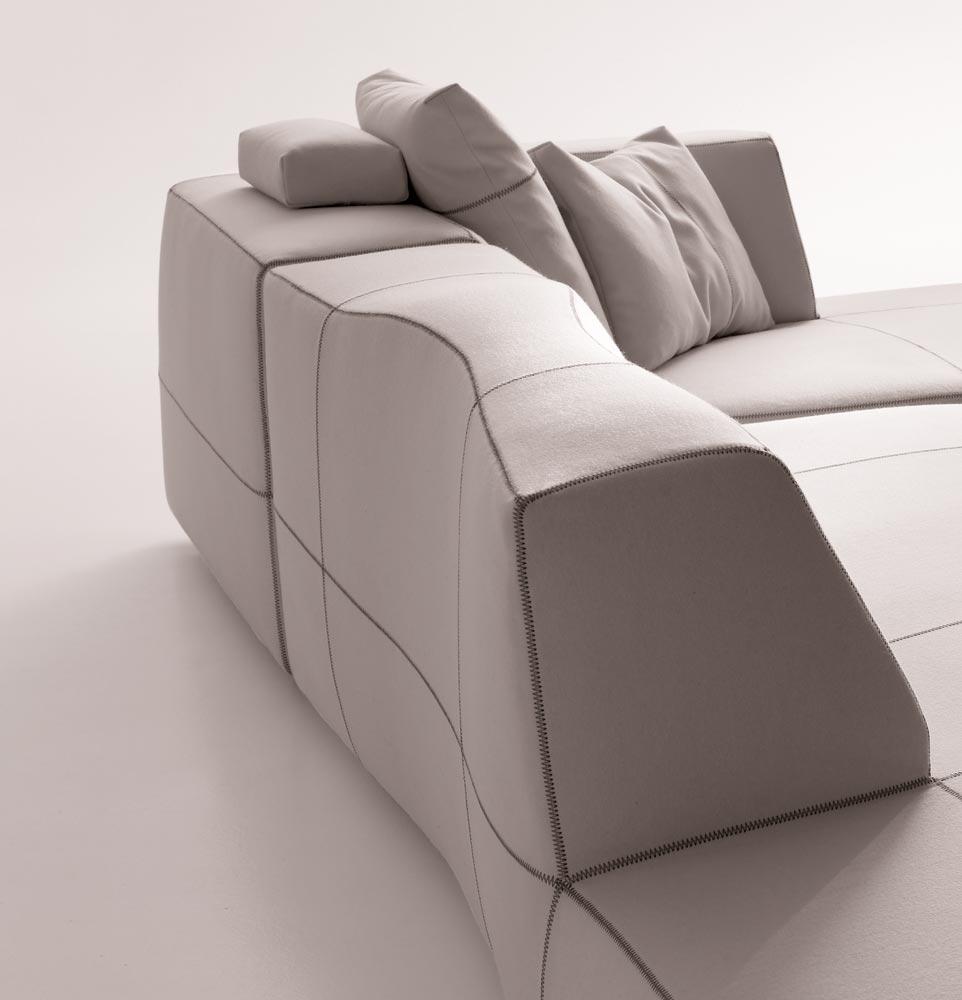 The bend sofa by patricia urquiola for b b italia for B b italia divani catalogo