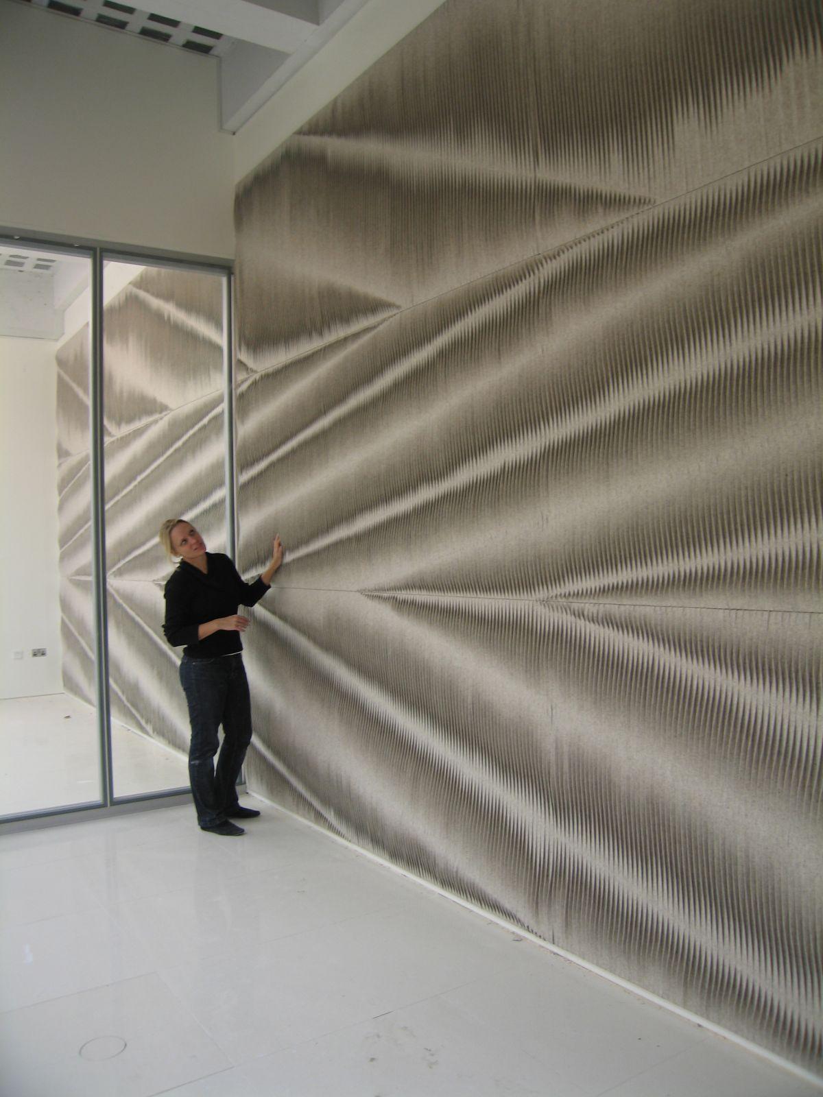 Felt wall coverings by anne kyyr quinn karmatrendz - Panneaux decoratifs pour murs interieurs ...