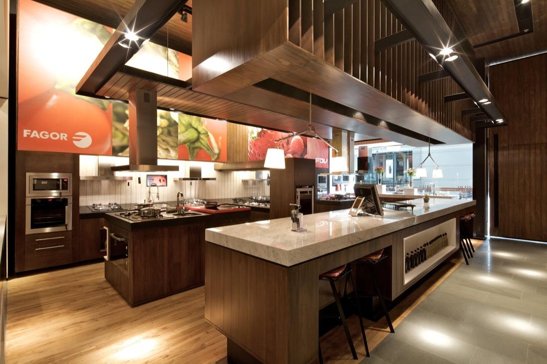 Kitchen Center By Nicol S Lipthay Kit Corp Karmatrendz