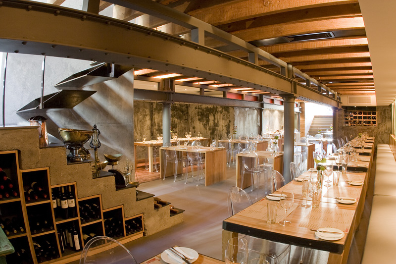 The carne restaurant interior by inhouse brand architects for Italian cafe interior design ideas