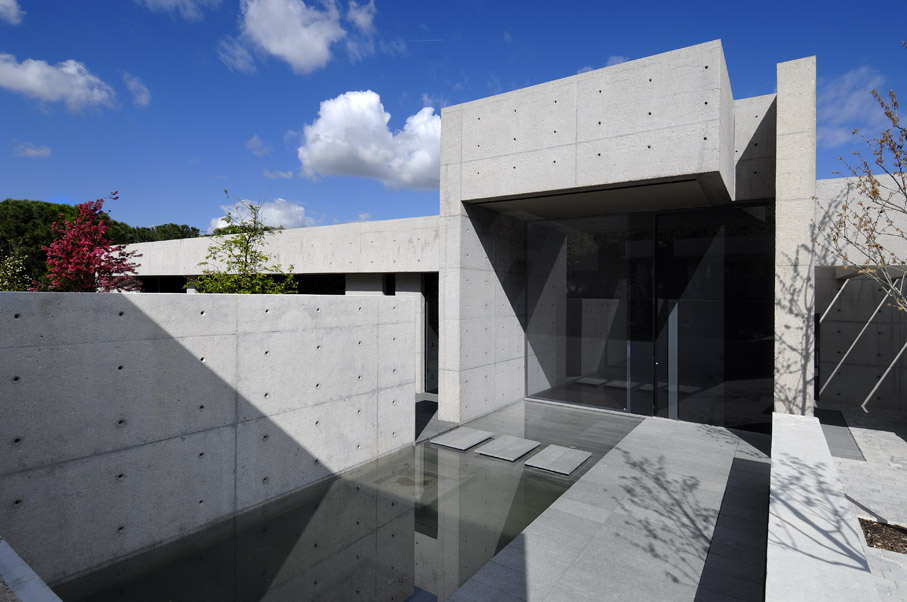 concrete house by a cero karmatrendz - Concrete House