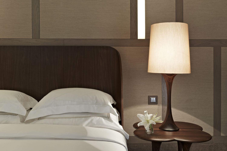 House hotel nisantasi interior by autoban karmatrendz - Lamparas de dormitorios ...