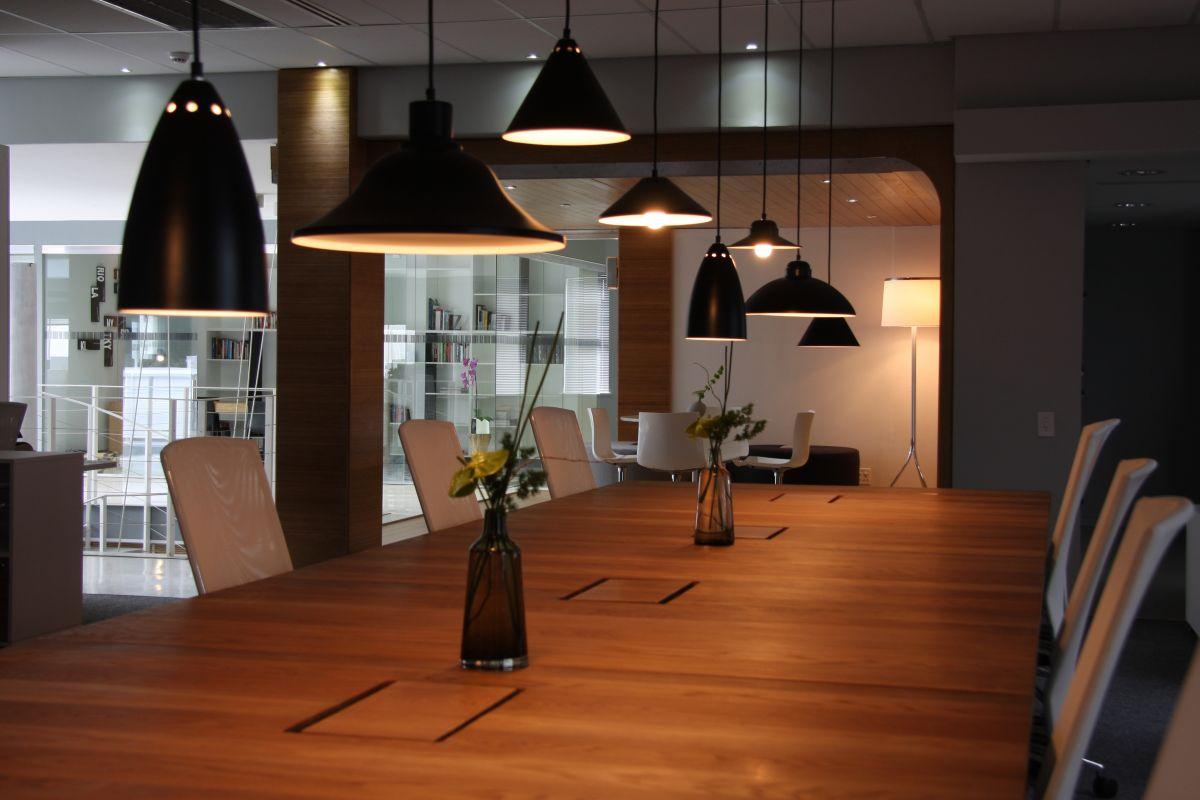 Union swiss office interior by inhouse brand architects for Modern office lighting design