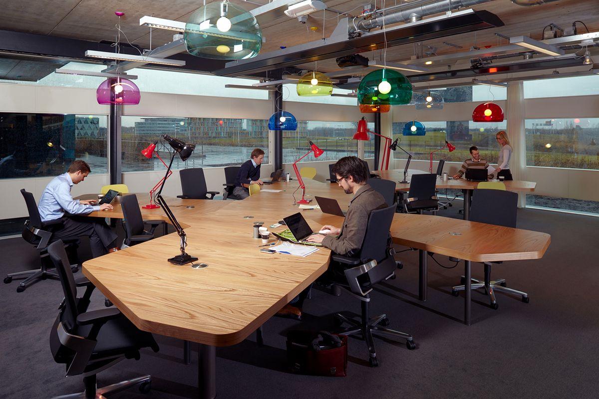 YNNO Workplace By Sprikk