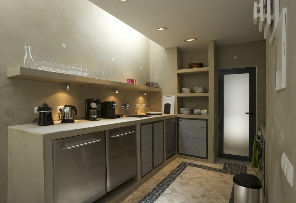 Camachinhos house by studio arte mp projectos karmatrendz - Paredes de cemento ...