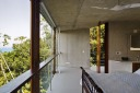 House_in_Ubatuba_02