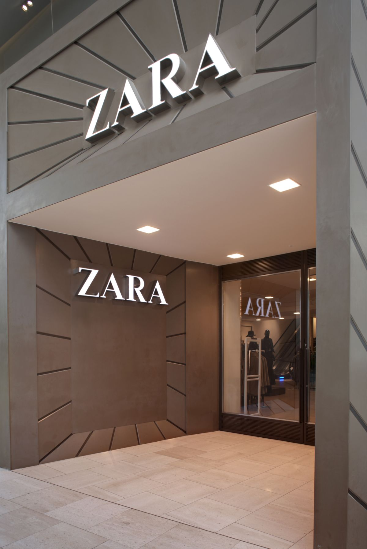 The Façade Of This Peachtree Park Abode Belies Its 9 000: The Façade Of The Zara Store At Westfield London