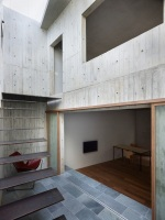 House_in_Hiro_17