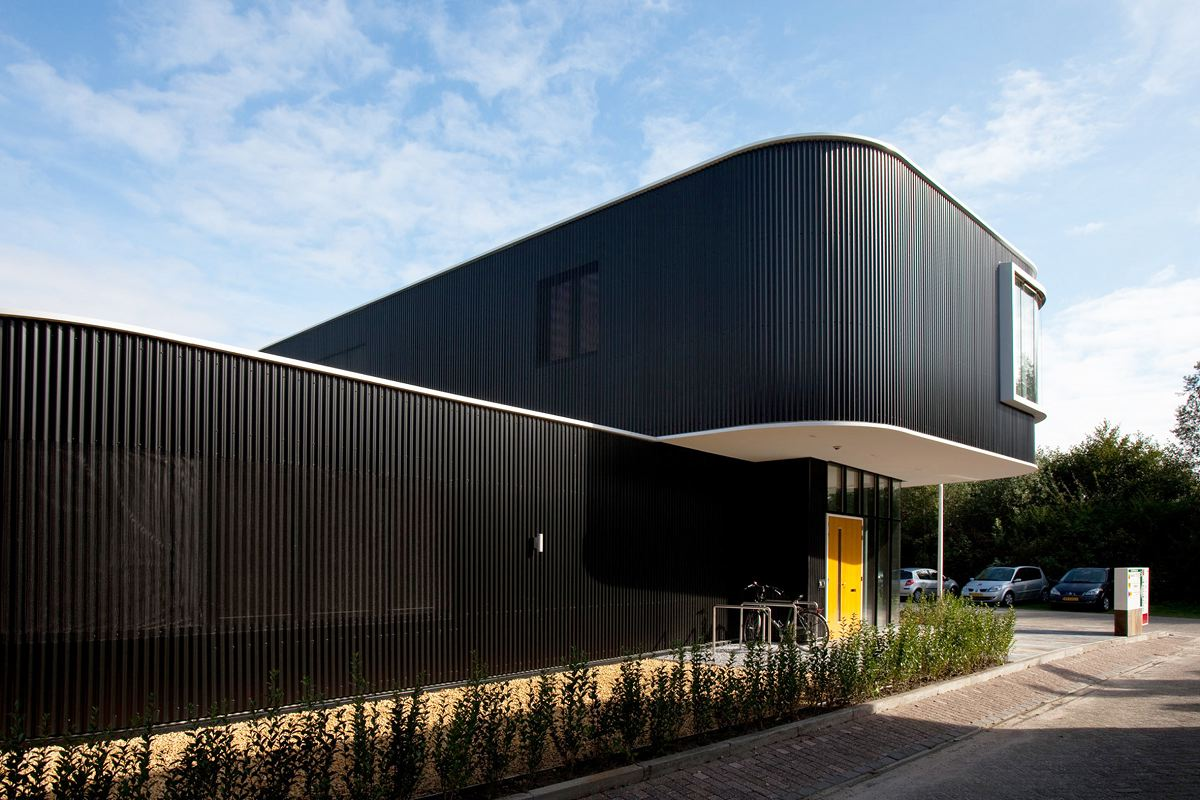 Verkerk group office building by egm architects karmatrendz for Architects building designers