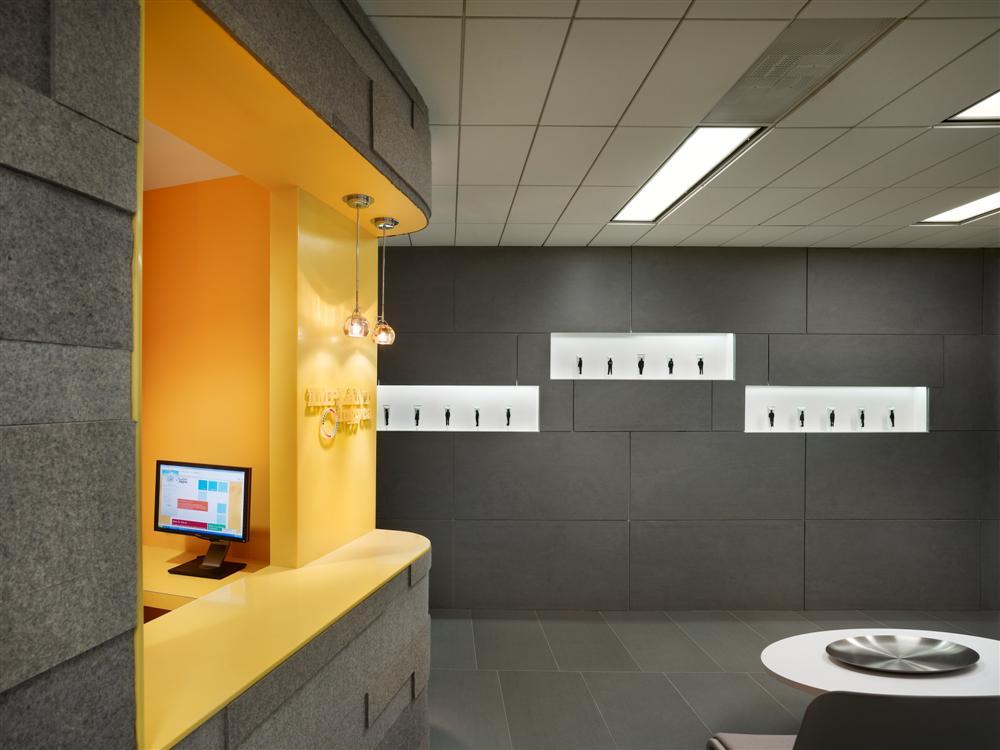 Implantlogyca Dental Office Interiors by Antonio Sofan Architect