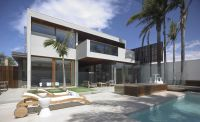 Resort_House_01