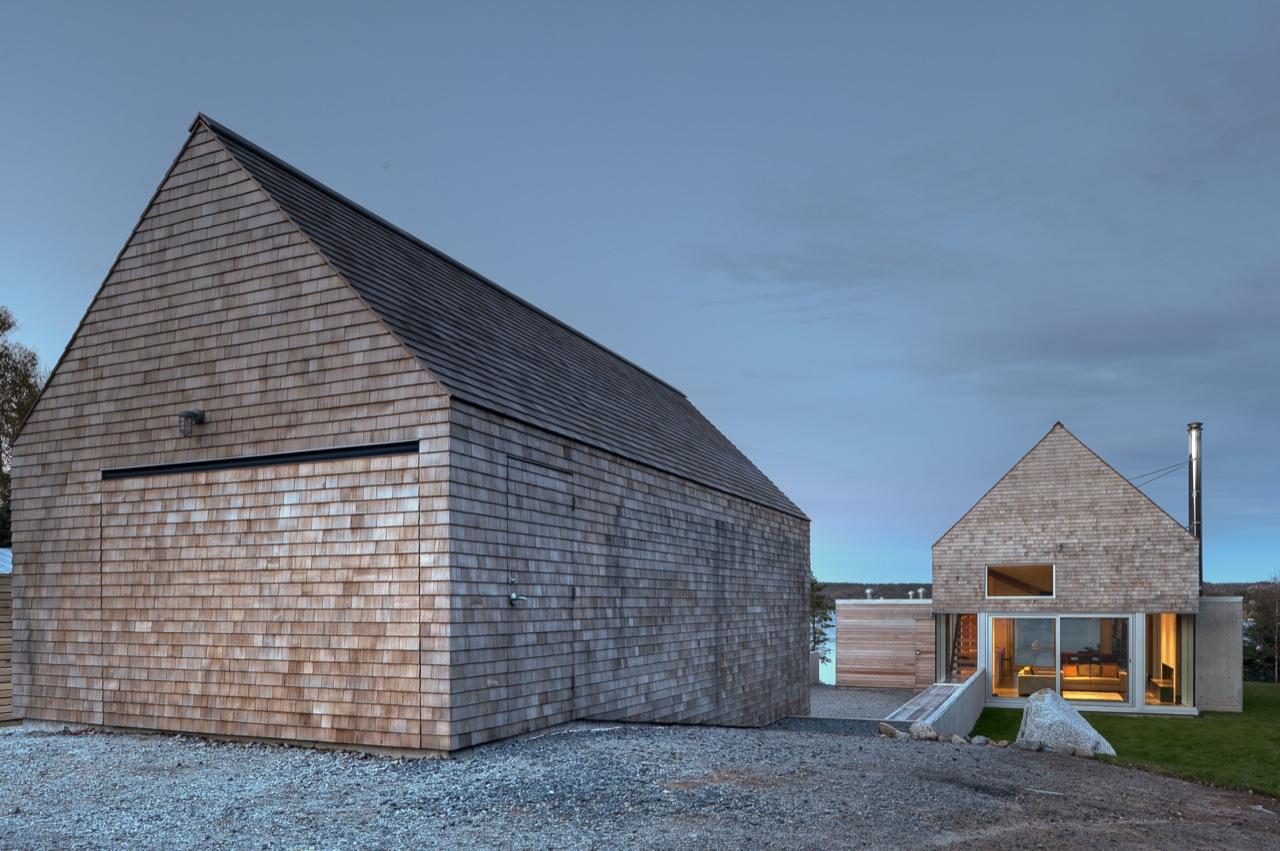 Martin lancaster house by mackay lyons sweetapple for Martin architects