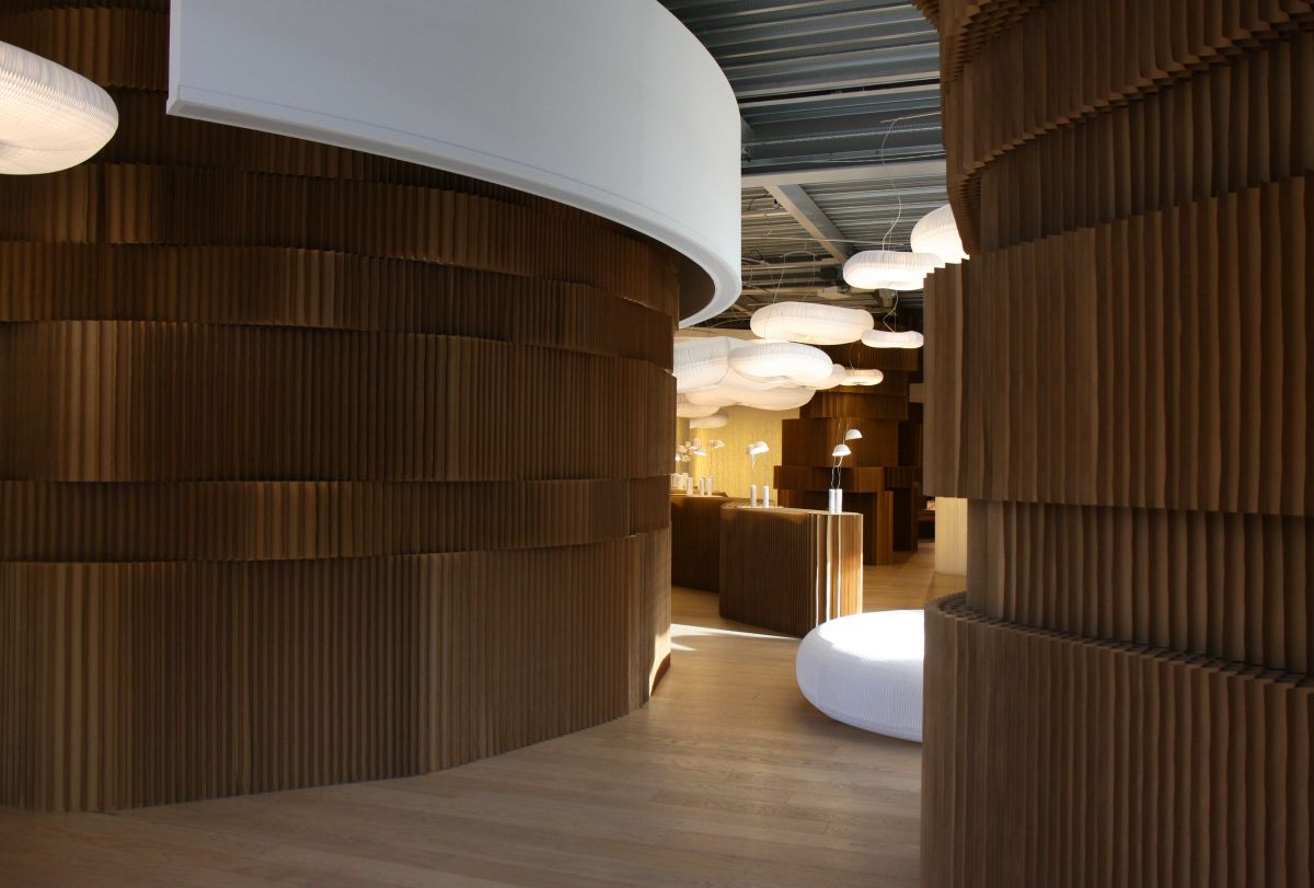 Molo Design At Superstudio Pi 250 In Milan Karmatrendz