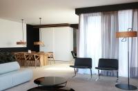 Lone_Hotel_07