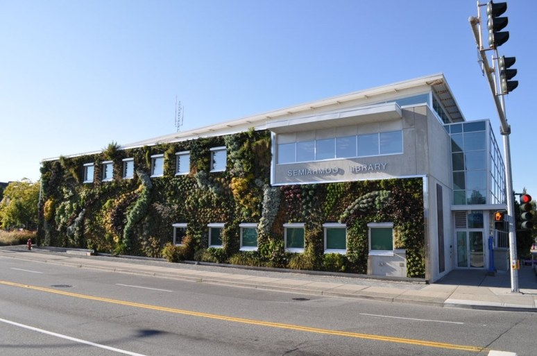 Semiahmoo green wall by green over grey karmatrendz for Green wall vancouver