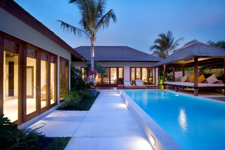 Karma kandara bali grand cliff front residence for Bali resort villa
