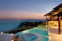 Grand Cliff Front Residence
