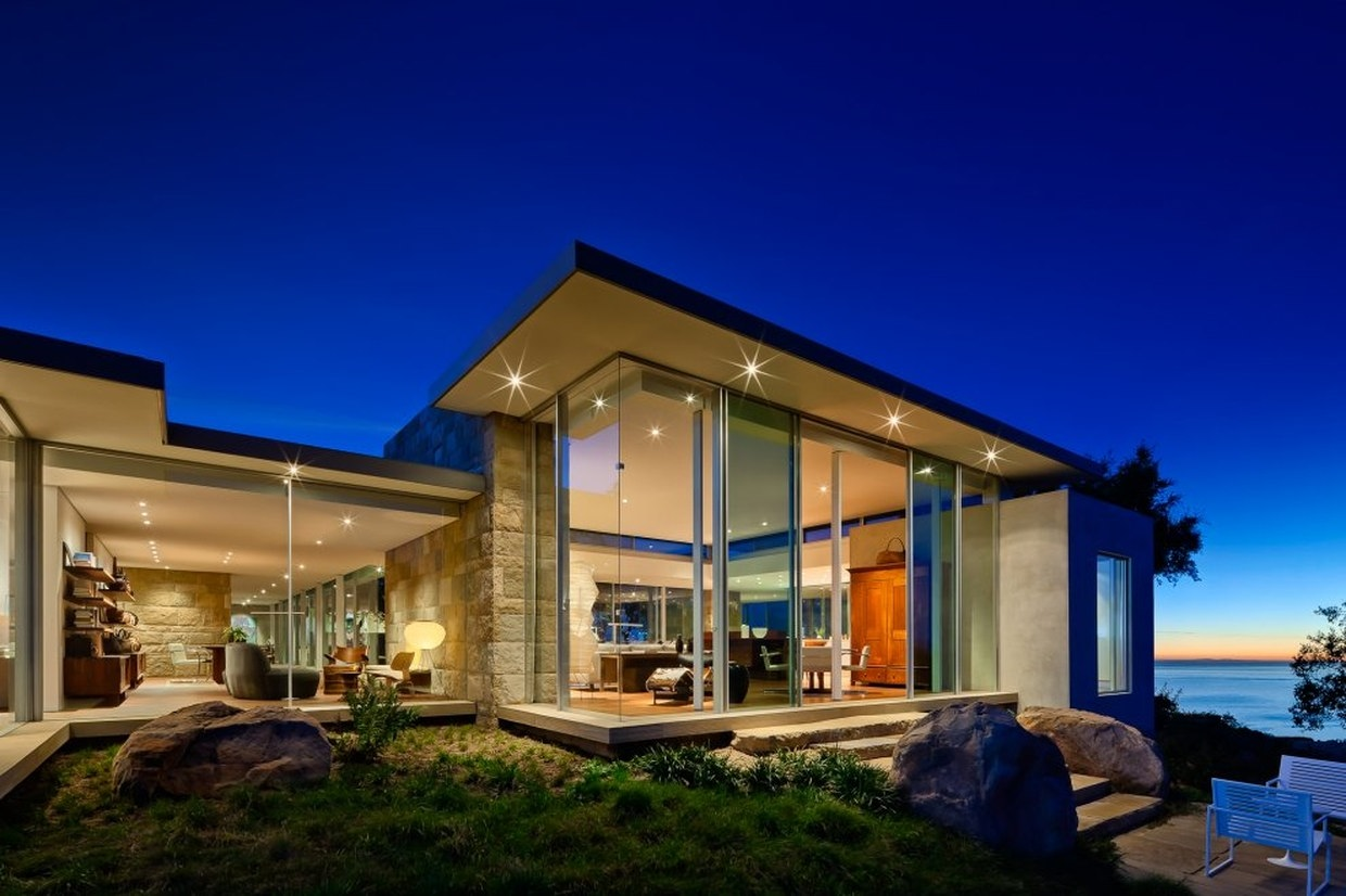Carpinteria foothills residence by neumann mendro for California contemporary home plans